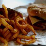 Olimpiadi, aumentato il consumo di cibo spazzatura