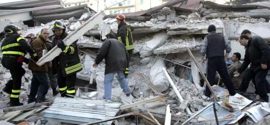 Terremoto, il Codacons: il governo sapeva che il Comune di Fossa poteva crollare alla prima scossa