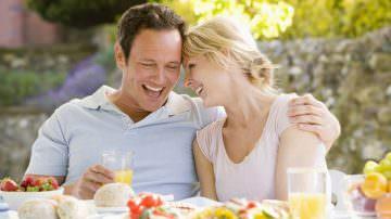 Un'alimentazione equilibrata e ricca di antiossidanti aiuta a combattere l'invecchiamento