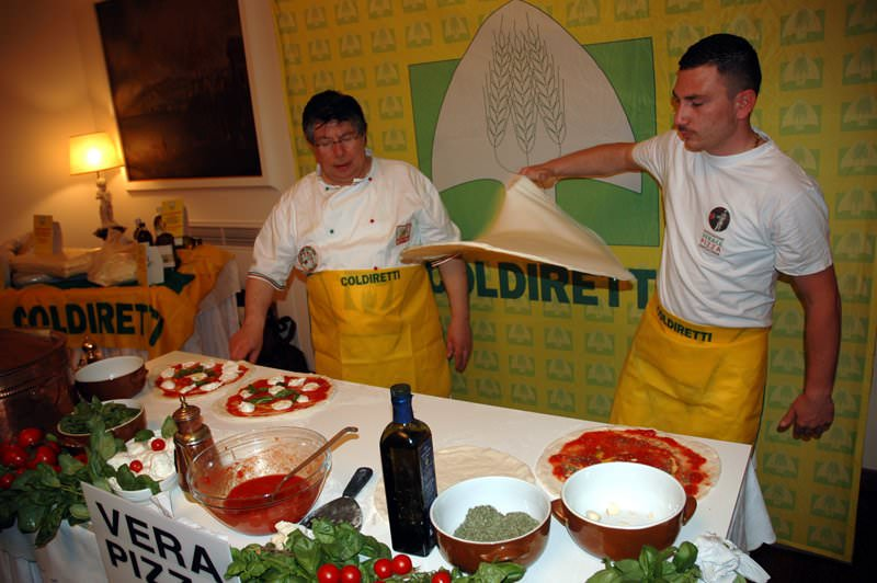 Consumi, Coldiretti: la trasparenza sulla pizza fa paura alla FIPE