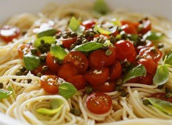 Mangiare mediterraneo fa vivere tre anni di più