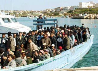 Maroni e immigrati. Tanto rumore per nulla