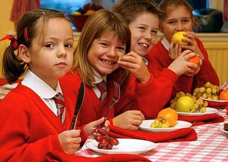 Umbria, progetto Frutta nelle scuole: 17.000 bambini, 71.000 chilogrammi di frutta e verdura