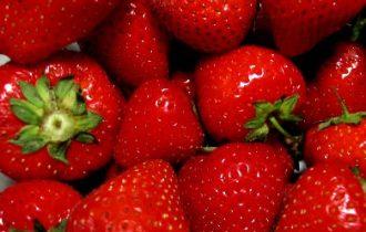 37 fragole al giorno per togliere il medico di torno