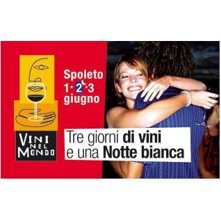 Oltre 50.000 persone a Spoleto per brindare nella notte bianca di Vini nel Mondo