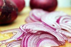 La cipolla rossa: cuore protetto in due mosse