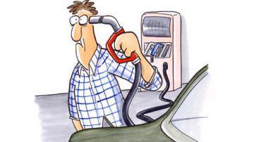 Caro benzina: Gli italiani pagano 4 euro in più ad ogni pieno