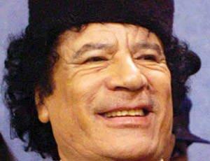Tripoli: è guerra civile! Fuggi fuggi dalla Libia, forse Gheddafi già in Venezuela