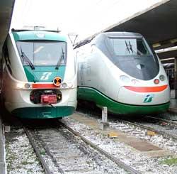 Treni in ritardo. lo sbeffeggiatore Moretti e il ribaltone necessario, al centro l'utente