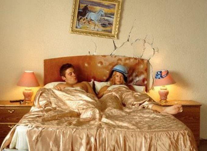 Lui e lei: dormire separati fa bene alla salute
