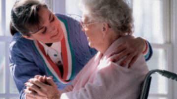 I ministri Maroni e Sacconi danno il via al nuovo provvedimento su badanti e lavoratori domestici