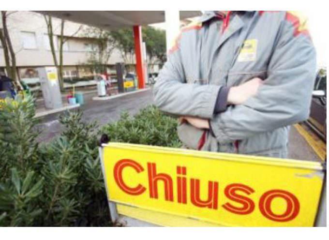 Sciopero dei benzinai, impianti chiusi in tutta Italia