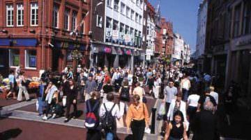 Le aziende irlandesi sono alla ricerca di lavoratori stranieri qualificati