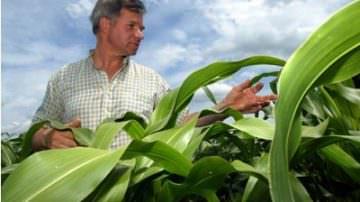 Gli agricoltori mobilitati contro le violenze, gli egoismi, il razzismo, le mafie