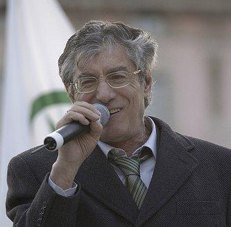 Dialetto – Autilio, coordinatore della Commissione Beni e attività culturali, boccia le proposte di Bossi