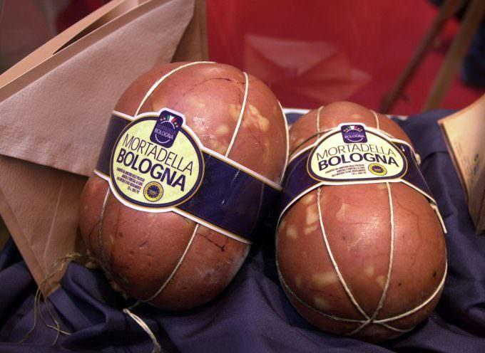 Mortadella Bologna IGP: nel primo semestre 2009, circa 19 milioni di chili prodotti