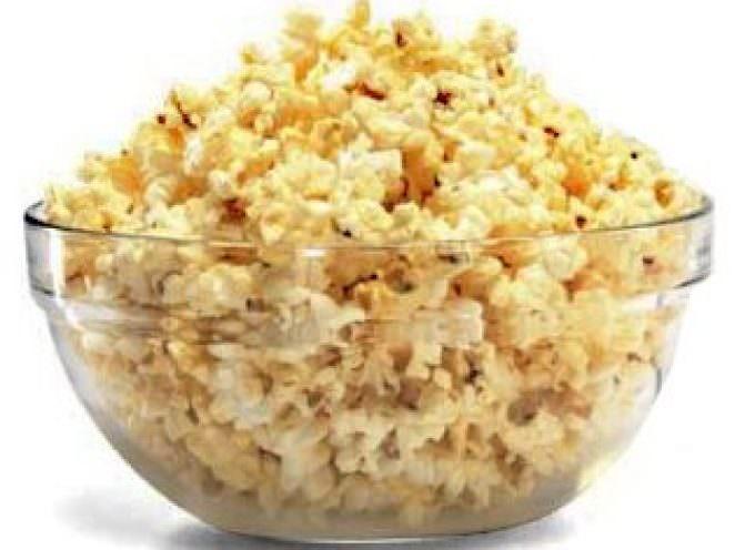 Dopo le bibite, i pop corn? Continua la guerra anti obesità di New York