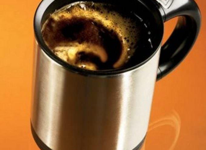 Né freddo, né caldo, con la tazza da caffè intelligente