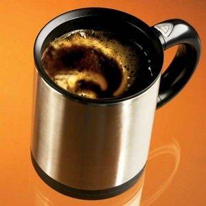 Svegli e con una pelle più giovane: arriva il caffè al collagene