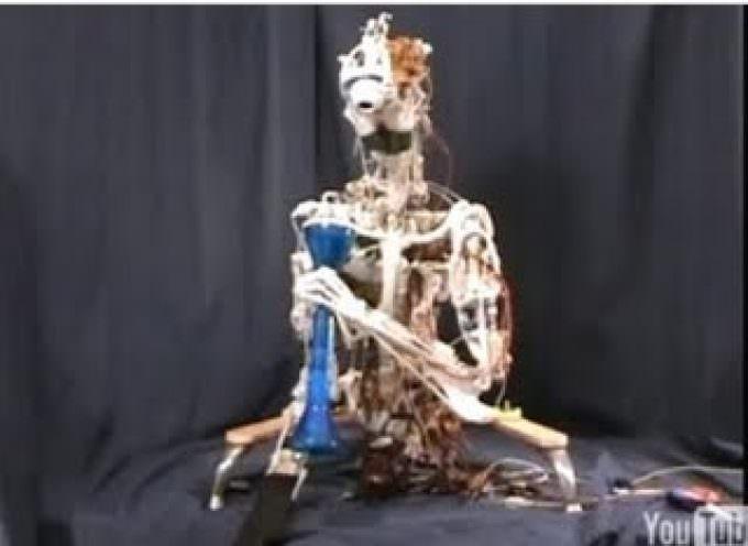 Creato Eccerobot, il primo robot con ossa e muscoli