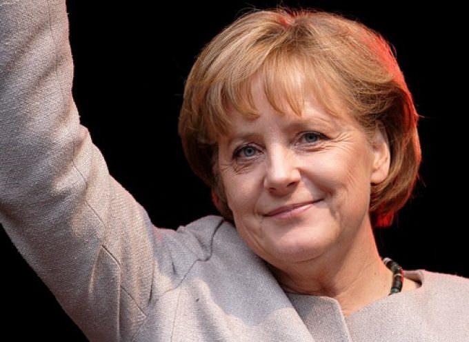 In Germania la sinistra schiaccia la Merkel e in Giappone vincono i democratici