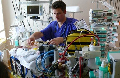 Influenza A: arriva ECMO, il tecno polmone salva vita