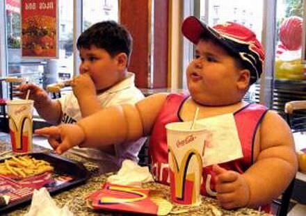 Un'alimentazione sbagliata da giovani presenta il conto da adulti