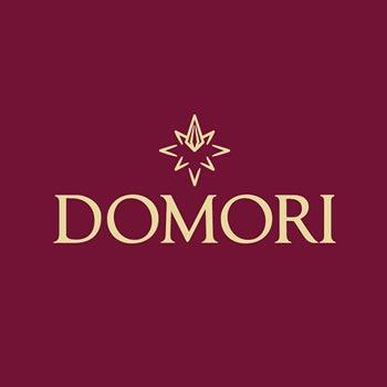 Crema Gianduja Domori: 50% di pura pasta nocciola