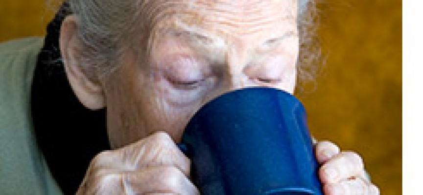 Il frigo piange: un milione di anziani non mangia abbastanza
