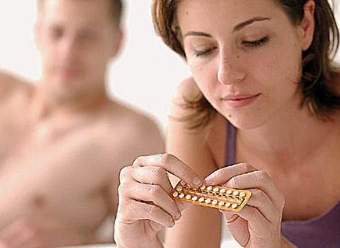 La pillola anticoncezionale aumenta le dimensioni del cervello delle donne, migliorandolo