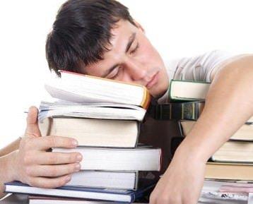 Dormire corregge gli errori della memoria