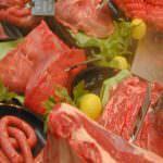 Carne, la lunga strada verso casa: quando l'etichetta racconta la storia del prodotto.