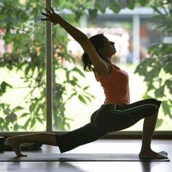 Lo Yoga combatte il mal di schiena cronico