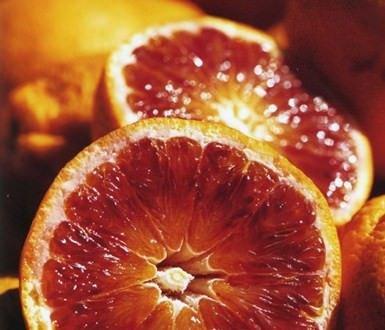 Le arance rosse combattono l'obesità