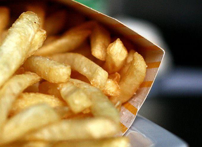 Fast food, meno grassi trans nelle patatine fritte