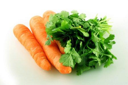 Prezzi: nel 2009 record rincari da campo a tavola (carote +1100%)