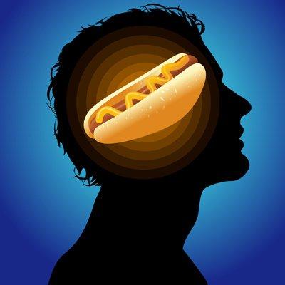 """Paura del cibo: cosi le diete """"spaventano"""" il cervello"""