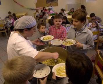 Scuola: in mensa è record di un milione di pasti bio, +700% in 10 anni