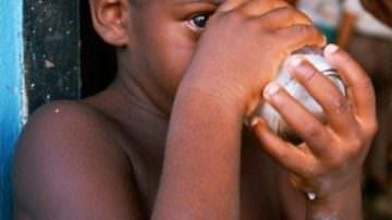 """Medici Senza Frontiere: """"Donate il latte in eccesso ai bisognosi"""""""