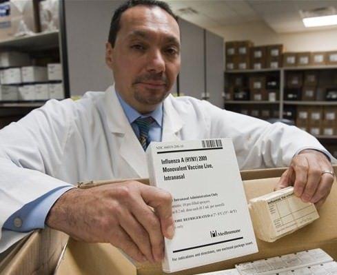 Influenza A. Arrivati in Italia i primi 500.000 vaccini