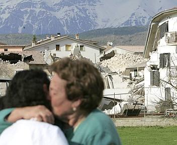 Terremoto: ancora ritardi per il contributo di solidarietà delle Regioni all'Abruzzo