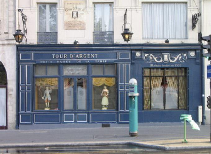 """Francia: all'asta il vino della """"Tour d'Argent"""", storico ristorante di Parigi"""