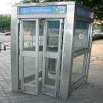 Spagna: Le auto elettriche fanno il pieno presso le cabine telefoniche