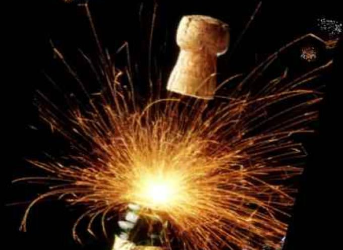Confagricoltura: per le feste non si rinuncia al brindisi con le bollicine italiane, anche all'estero