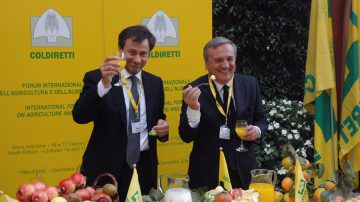 """Coldiretti Treviso: """"Con la frutta a km 0 si previene l'nfluenza"""""""