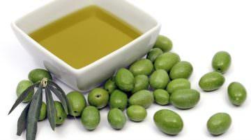 Dall'olio extravergine d'oliva tanti benefici per la salute