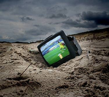 Digitale Terrestre: A causa dei disagi dovuti allo switch off, il Canone Rai 2010 sarà tagliato del 30%