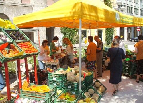 """Coldiretti porta i """"Mercati di Campagna Amica"""" in Abruzzo"""