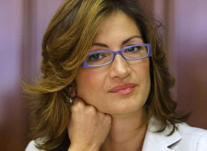 Il Ministro Mariastella Gelmini alla Fiera di Puegnago del Garda (BS). Bravo Sindaco Adelio Zeni!
