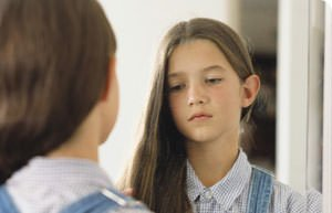 Bambine, fenomeni di pubertà precoce raddoppiati negli ultimi 10 anni